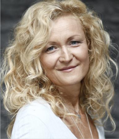 Unter 4 Augen – mit Engelmedium und Theta Healing Ausbilderin Juli